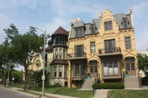 Sell Your House Fast in Milwaukee